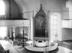 Kirkko sisältä vuonna 1924. Alttari sijaitsi silloin kirkon keskiosan kaakkoiskulmassa.